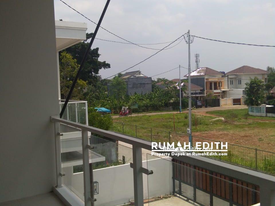Rumah Cantik Desain Modern 2 lt di Harjamukti Cibubur 1,8 M nego 3