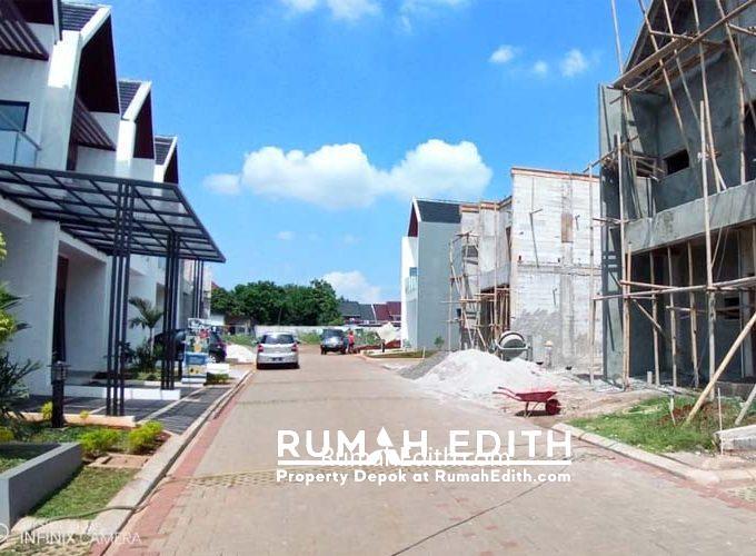 Exclusive New Town House 2Lt di Jatiwaringin, harga mulai 1.1 M an - Ready Stock