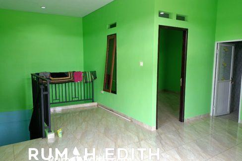 rumah edith Rumah Baru Megah Siap Huni 1.1 m di Tanah Baru Beji Depok 4