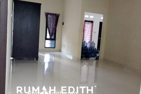 rumah edith Rumah second dalam cluster 900 juta dekat stasiun Cilebut Bogor 2