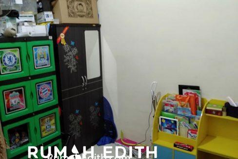 rumah edith Rumah second dekat akses tol Sawangan 550 jt di Rangkapan Jaya Baru Depok 4