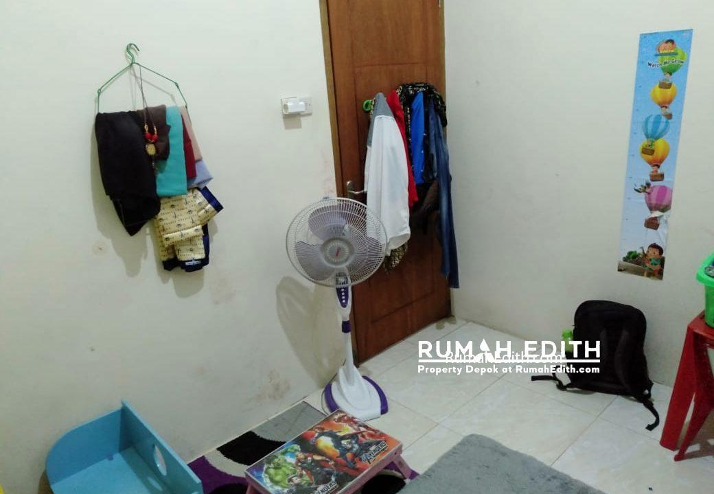 rumah edith Rumah second dekat akses tol Sawangan 550 jt di Rangkapan Jaya Baru Depok 5
