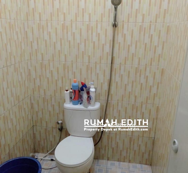 rumah edith Rumah second dekat akses tol Sawangan 550 jt di Rangkapan Jaya Baru Depok 6