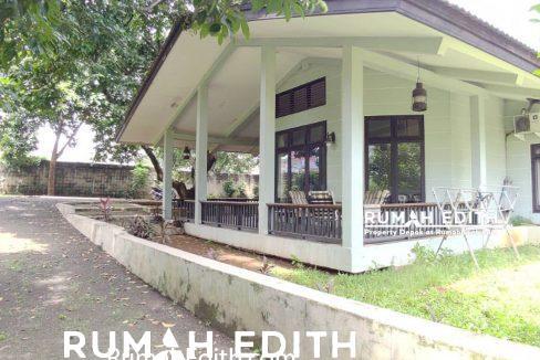 Rumah-Elegan-Unik-Asri-Halaman-Luas-di-Cipedak-Jakarta-Selatan-16-M-rumah-edith-10