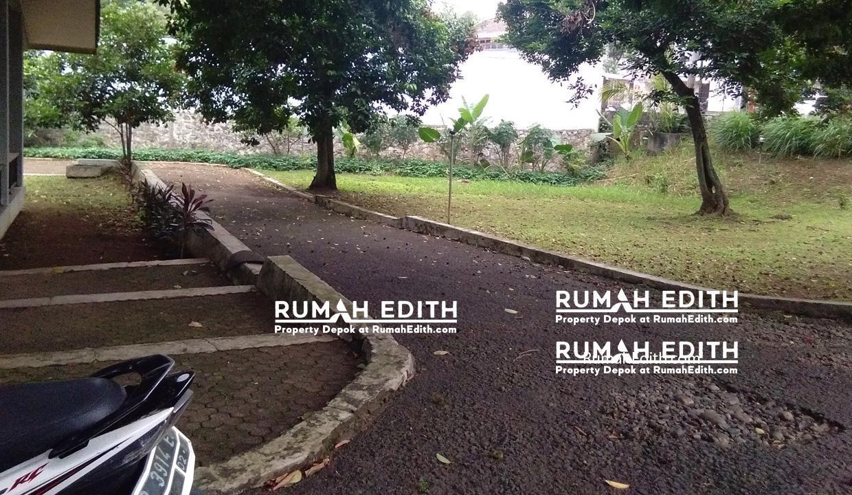 Rumah-Elegan-Unik-Asri-Halaman-Luas-di-Cipedak-Jakarta-Selatan-16-M-rumah-edith-2
