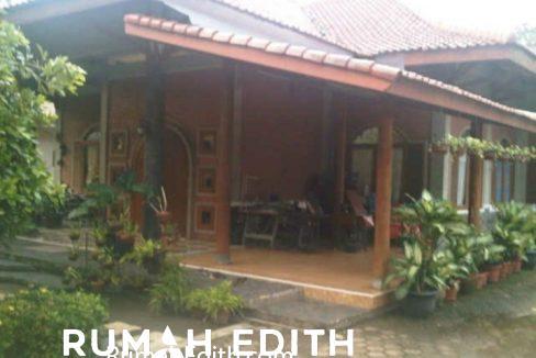Rumah Second asri Luas ada kolam renang 5M di cinangka 3
