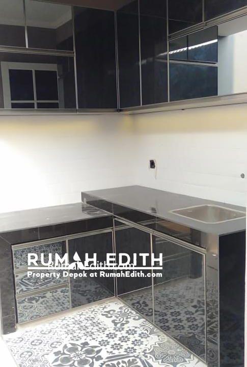 Rumah di jual harga 1-3M nego di daerah Tanah Baru Beji Depok rumah edith 10