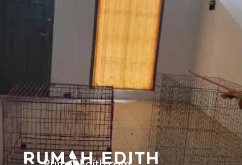 Rumah second tanah luas 2 M an di Arco Sawangan Depok rumah edith 12
