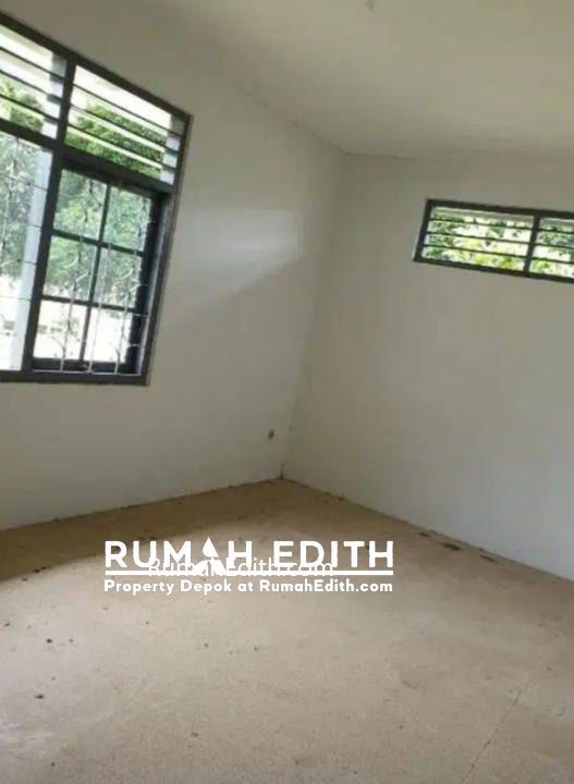 Rumah second tanah luas 2 M an di Arco Sawangan Depok rumah edith 13