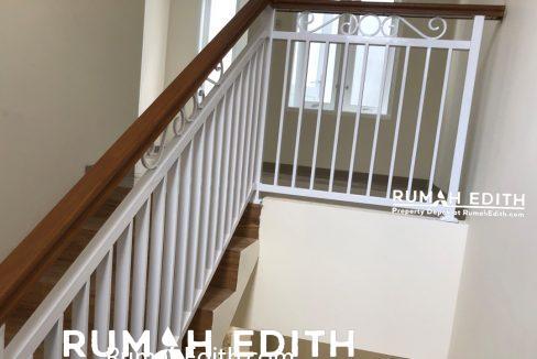 Dijual Rumah di Mampang Depok, 2 lantai dalam mini cluster 950 juta b7