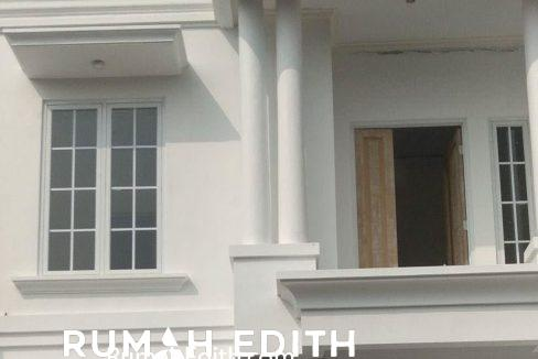 rumah-edith-Rumah-desain-modern-2-lt-1,6-M-di-Cipedak-Jakarta-Selatan-3