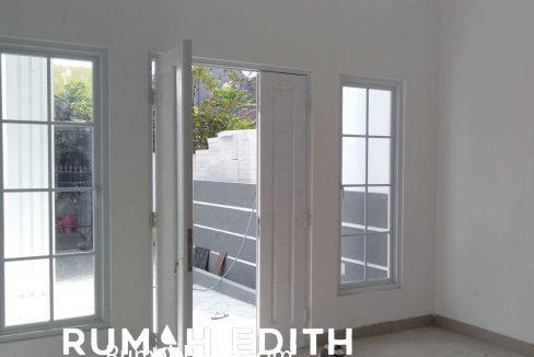 rumah-edith-Rumah-desain-modern-2-lt-1,6-M-di-Cipedak-Jakarta-Selatan-6
