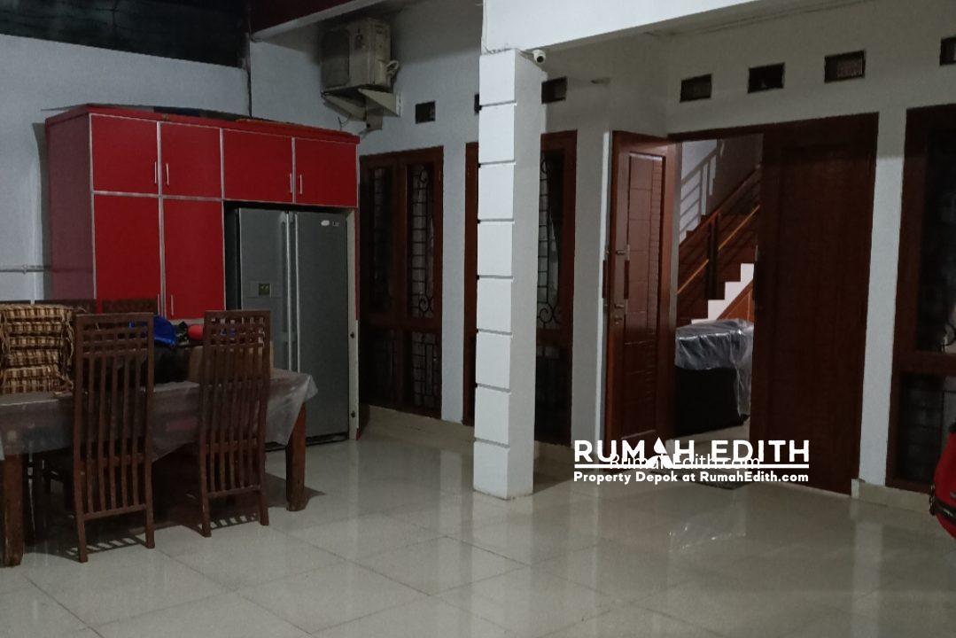 Dijual Rumah Full Furnished dalam komplek perumahan Kavling DPRD rumah edith 4