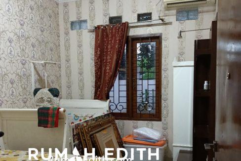 Dijual Rumah Full Furnished dalam komplek perumahan Kavling DPRD rumah edith 5