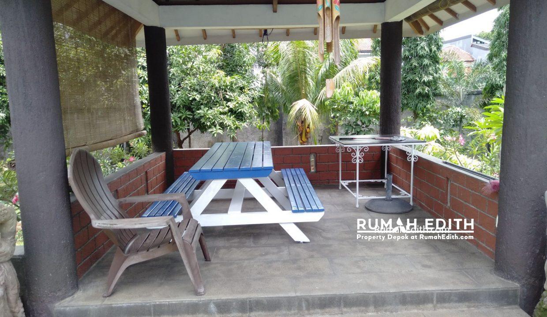 Dijual Rumah Second 2 unit di Limo Depok 17 M dalam 1 area ada kolam renang 21