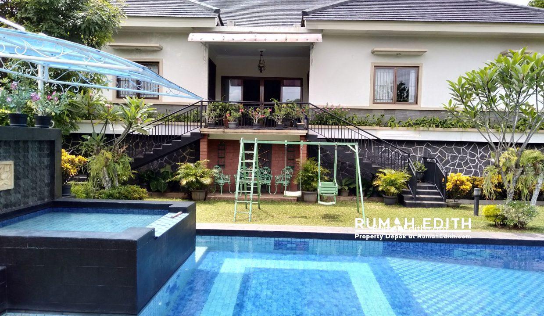 Dijual Rumah Second 2 unit di Limo Depok 17 M dalam 1 area ada kolam renang 22