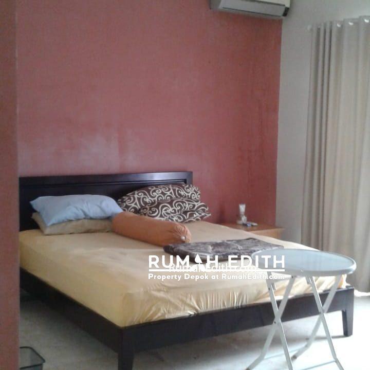 Dijual Rumah Second 2 unit di Limo Depok 17 M dalam 1 area ada kolam renang 7