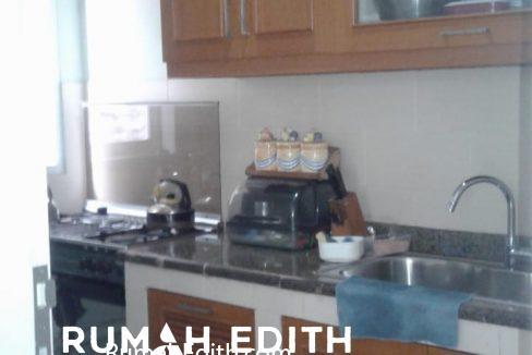 Dijual Rumah Second 2 unit di Limo Depok 17 M dalam 1 area ada kolam renang 9