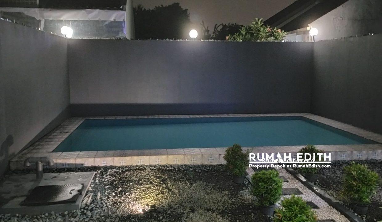 Dijual Rumah Second di grogol Limo Depok 2.7 M ada kolam renang 2