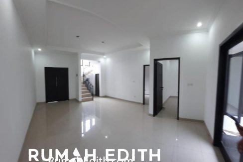 Dijual Townhouse Di Moch Kahfi 1 jagakarsa jakarta selatan, 2.5 M rumah edith 5