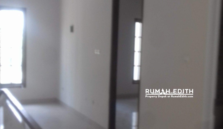 Jual Rumah Di jalan Montong, Jagakarsa Jakarta Selatan. Mewah Murah. 2.4 M rumah edith 5