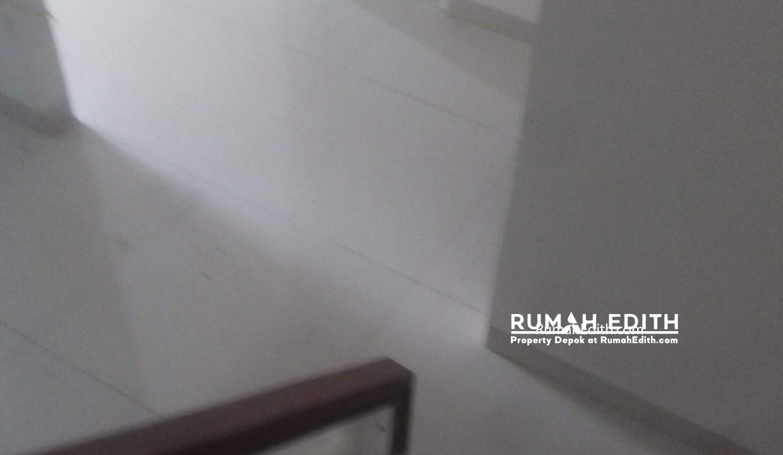 Jual Rumah Di jalan Montong, Jagakarsa Jakarta Selatan. Mewah Murah. 2.4 M rumah edith 6