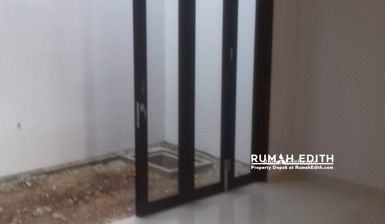 Jual Rumah Di jalan Montong, Jagakarsa Jakarta Selatan. Mewah Murah. 2.4 M rumah edith 8