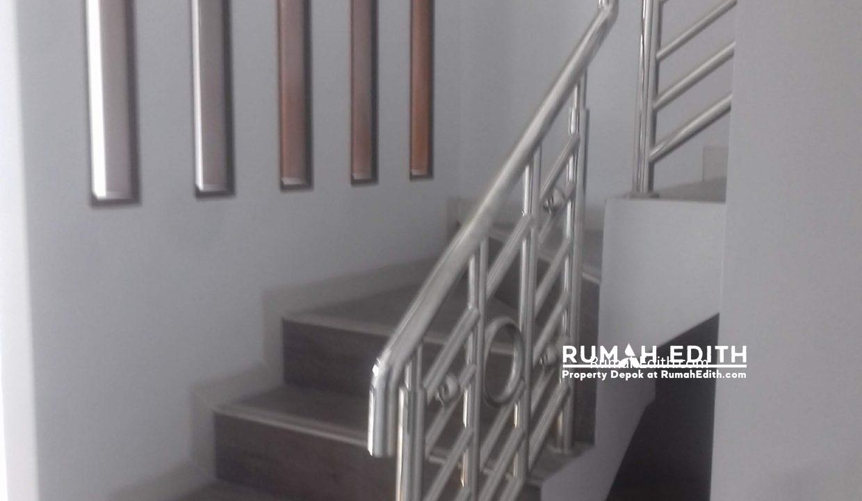 Jual Rumah Di jalan Montong, Jagakarsa Jakarta Selatan. Mewah Murah. 2.4 M rumah edith 9