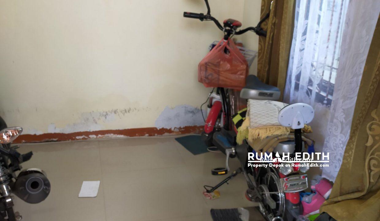 Rumah second murah di Tanah Baru Depok 750 juta 9