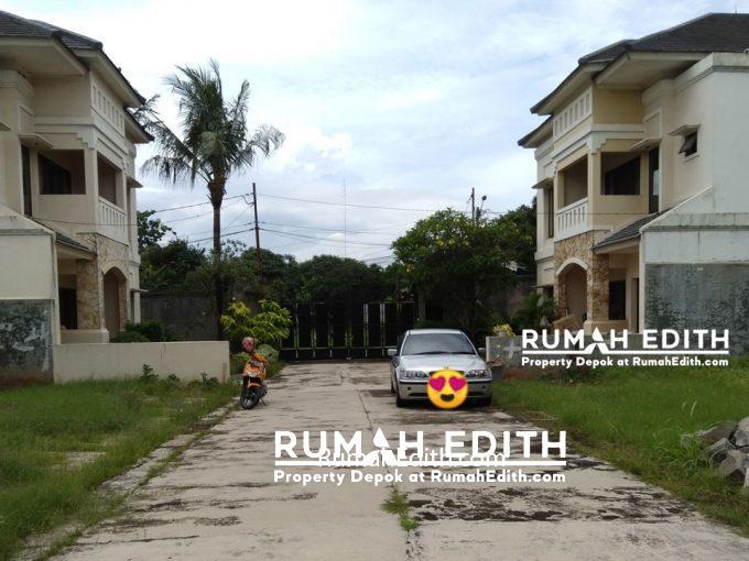 dijual Tanah kavling strategis pinggir jalan 374 m2 2,2 M strategis di Limo Depok