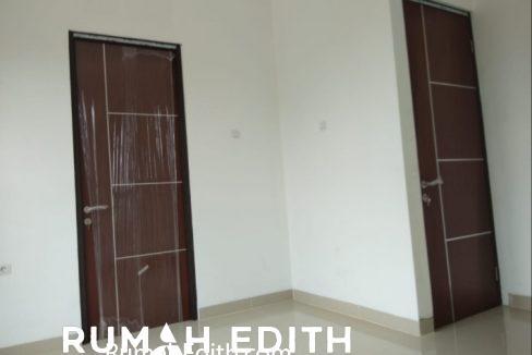 Townhouse ekslusif dan strategis di Ciputat Tangerang Selatan, 990 juta rumah edith 12