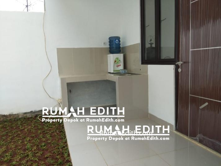 Townhouse ekslusif dan strategis di Ciputat Tangerang Selatan, 990 juta rumah edith 13