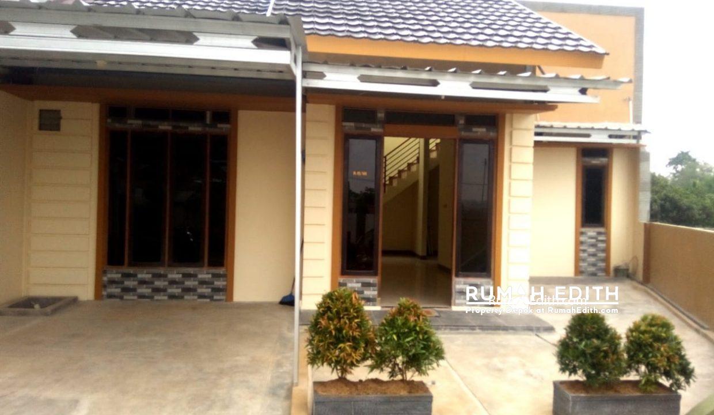 rumah edith - Rumah Cantik 1.5 lantai di Hook Selangkah Stasiun Citayam jalan kaki 4
