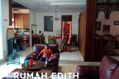 rumah edith - Rumah Mewah 2LT rumah Gadang ala Minang Ada swiming pool 2