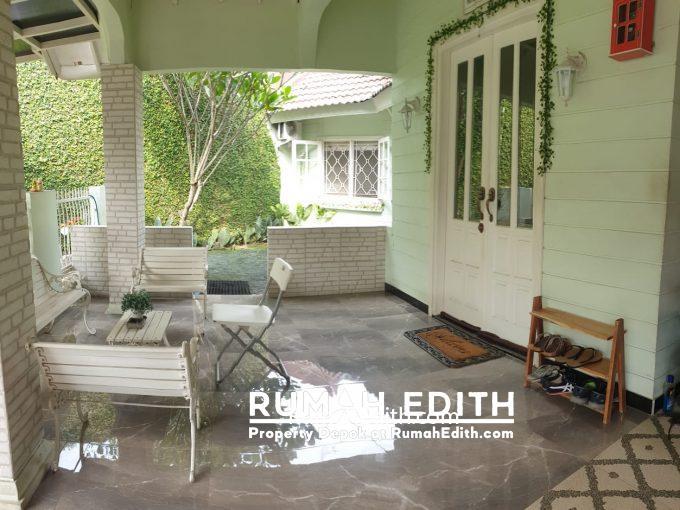 rumah edith - Rumah Second dekat pintu tol gaplek di Pamulang Tangsel 1-7 M