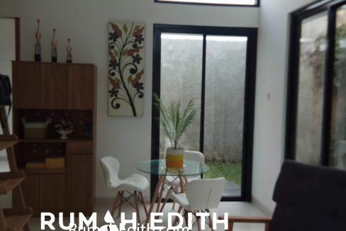 rumah edith - Town House Eksklusif 66 Unit Dengan Gaya Urban Tropical Modern Di Selatan Jakarta 4