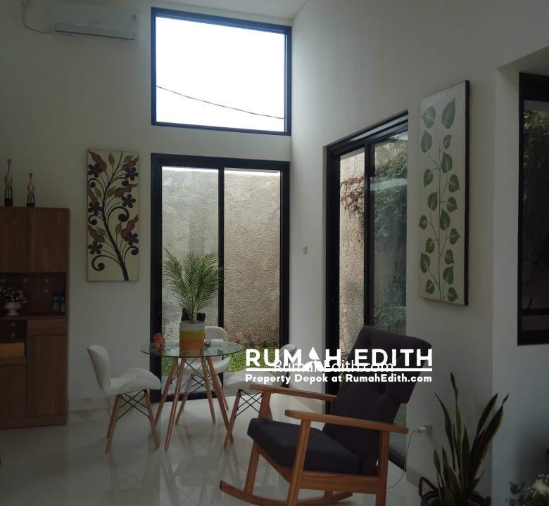 rumah edith - Town House Eksklusif 66 Unit Dengan Gaya Urban Tropical Modern Di Selatan Jakarta 5
